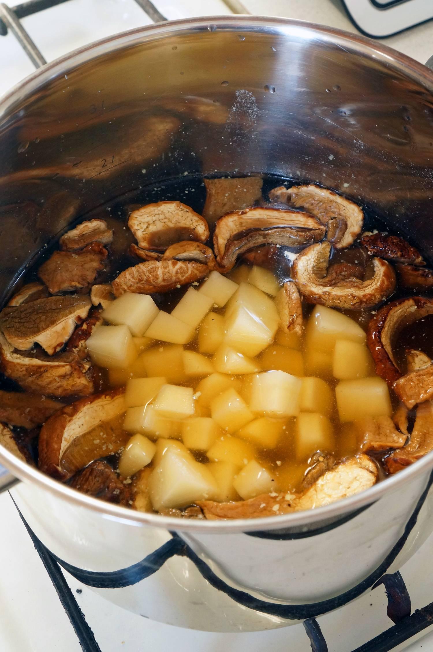 грибной суп с молоком и белыми грибами рецепт