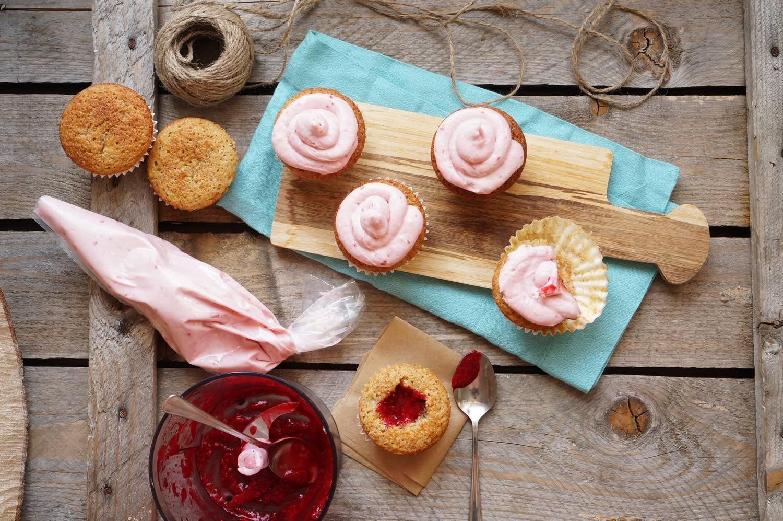 Как сделать капкейки с начинкой внутри рецепт с фото пошагово