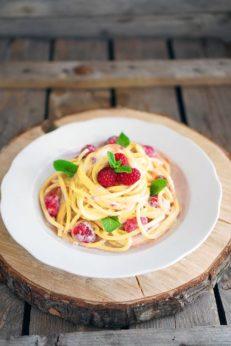 Букатини со сливочным соусом и малиной, пошаговый фото рецепт, кулинарный блог andychef.ru