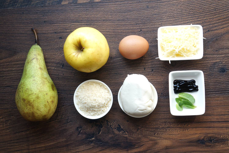 Груша с яблоками, моцареллой в панировке и мятой, пошаговый рецепт с фото, кулинарный блог andychef.ru