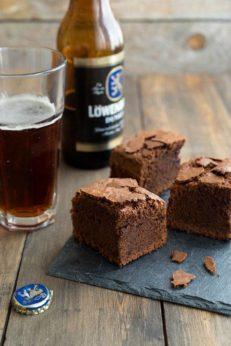 Брауни с пивом, пошаговый рецепт с фото, блог и интернет-магазин с доставкой по России, andychef.ru