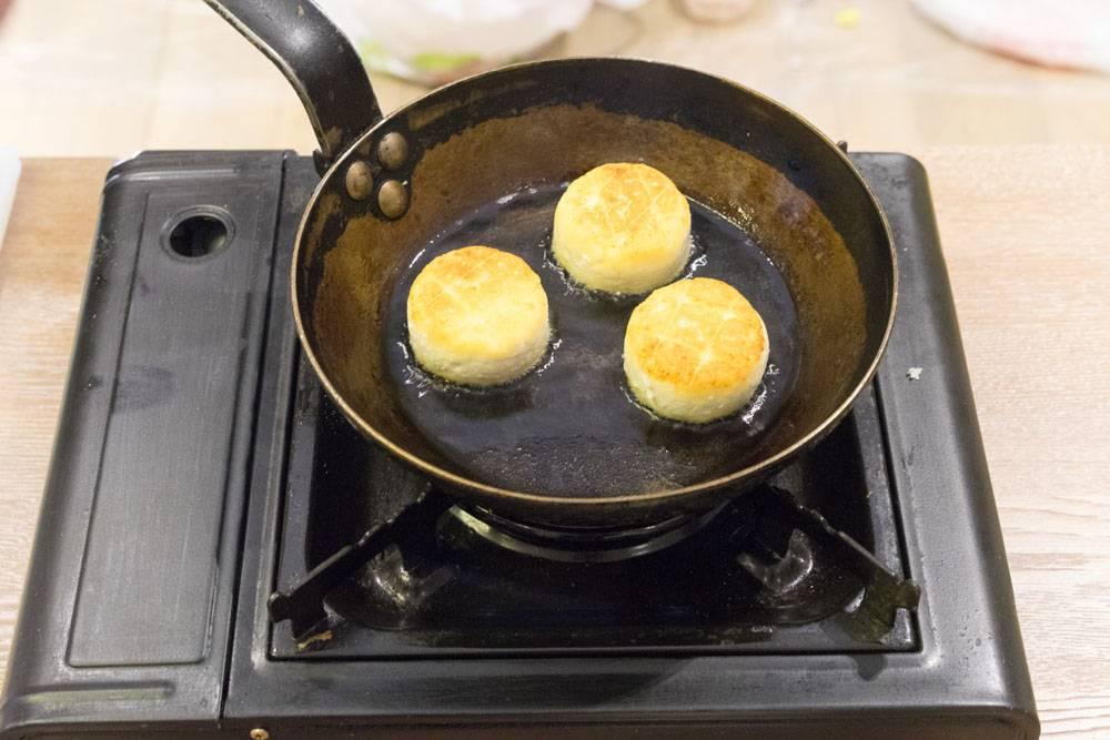 Сырники для хорошего утра, пошаговый рецепт с фото, блог и интернет-магазин с доставкой по России, andychef.ru