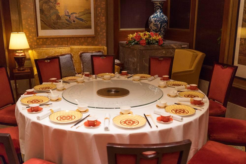 Ресторан Shang Palace в отеле Shangri-La Kowloon, Hongkong. Гокнонг, путешествие в ресторан две звезды Мишлена, блог andychef.ruРесторан Shang Palace в отеле Shangri-La Kowloon, Hongkong. Гокнонг, путешествие в ресторан две звезды Мишлена, блог andychef.ru