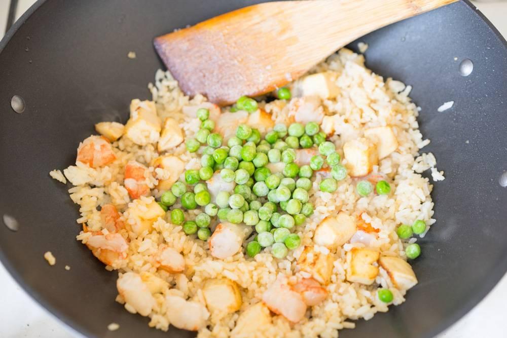 Рис с креветками и яйцом по тайски рецепт пошагово