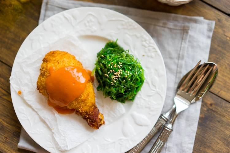 Курица в панировке, обжаренная во фритюре, морковный соус, пошаговый рецепт с фото, блог и интернет-магазин andychef.ru