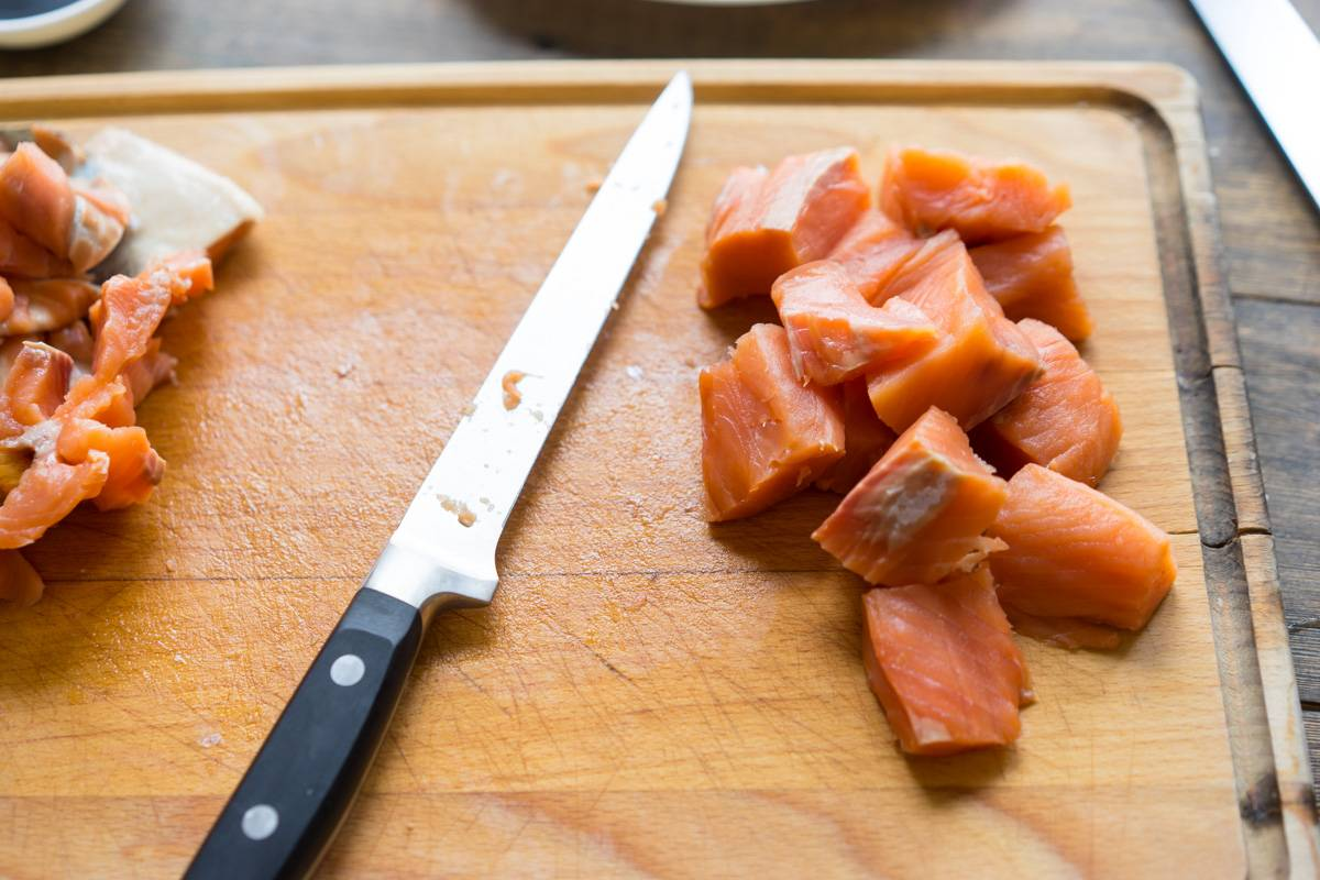 Как приготовить красную рыбу, лосось, сёмга, в томатном соусе с пивом, пошаговый рецепт с фото, блог andychef.ru