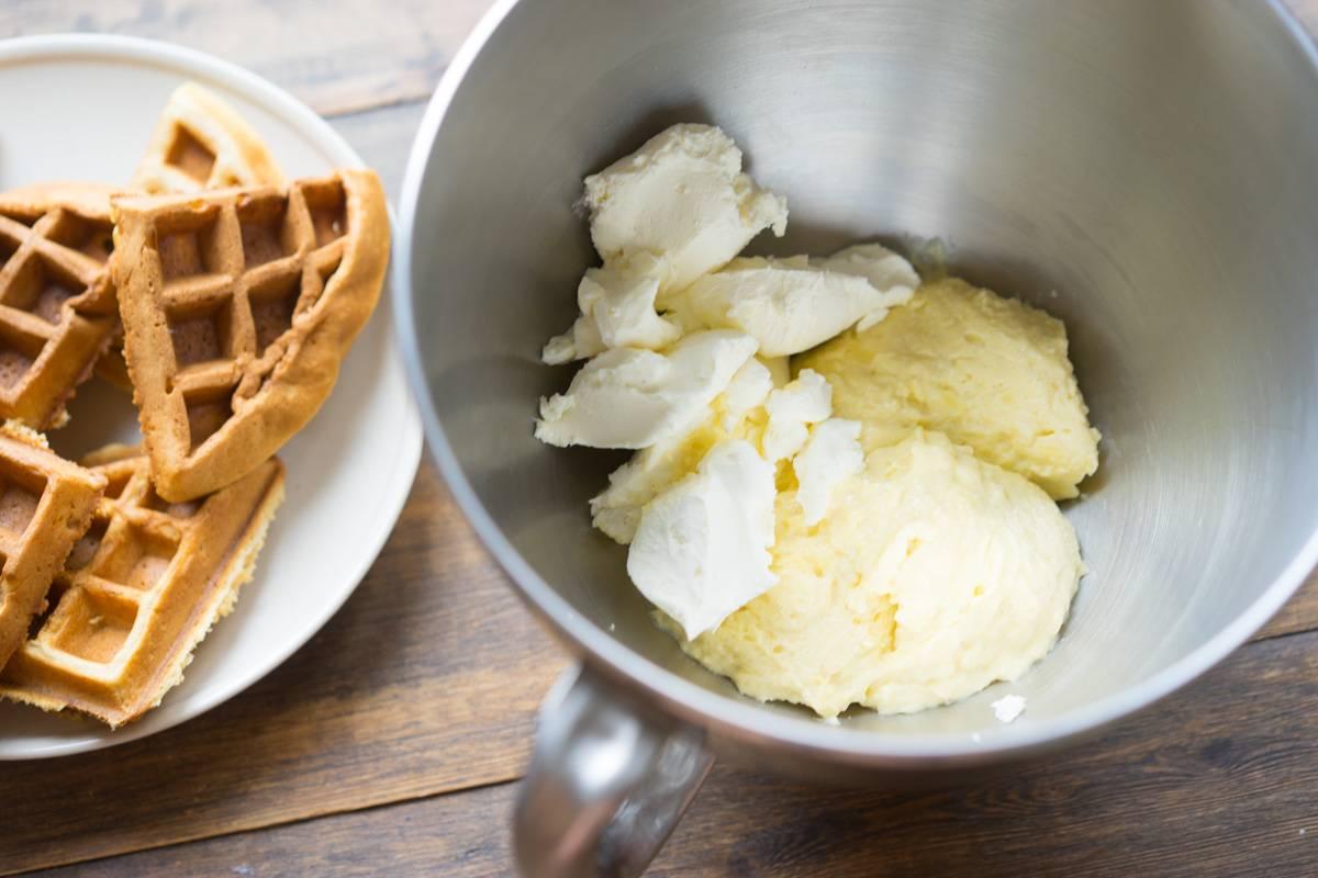 Мягкие вафли с заварным ореховым кремом, пошаговый рецепт с фото, блог andychef.ru