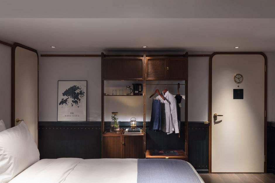62. Medium Room